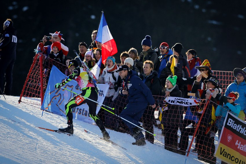 Nicolas Michaud, directeur national du nordique, en courage Martin Fourcade.