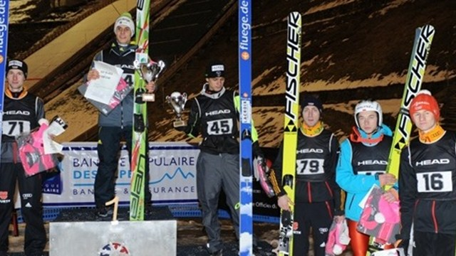 Ronan Lamy-Chappuis sur le podium à Courchevel (photo : FIS)