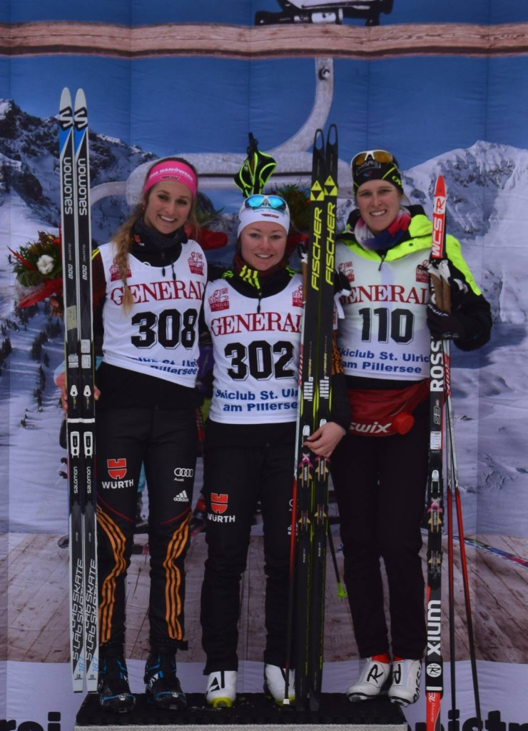 Marion Buillet sur le podium des sprints (photo : Skiclub St. Ulrich am Pillensee)
