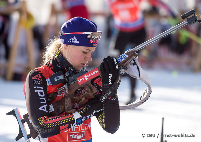 am 11.12.2015 - BIATHLON WC HOCHFILZEN - Biathlon-Stadion , Hochfilzen, Österreich - © ERNST WUKITS - Every downloaded picture is fee-liable.