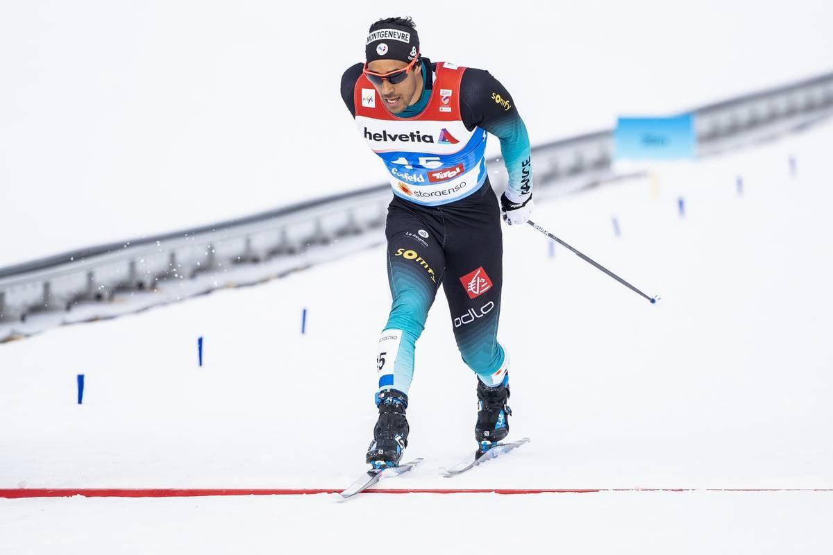 SKI DE FOND - Ce jeudi 21 février, à Seefeld, le sprinteur norvégien Johannes Klaebo a remporté l'or mondial sur le sprint des mondiaux de ski de fond. Richard Jouve 4e et Lucas Chanavat 6e ont tout tenté en finale, en vain.