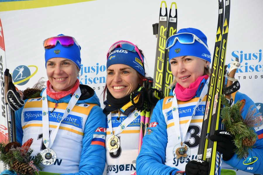 PODIUM IBU CUP SJUSJOEN victoire d'Elisabeth Hoegberg, Camille Bened accroche le top 10