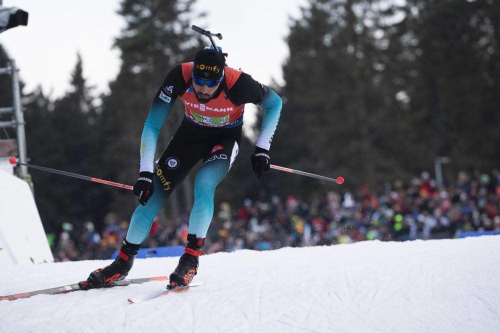 BIATHLON - Malgré un trou noir d'Emilien Jacquelin en tout début de course, Martin Fourcade, Simon Desthieux et Quentin Fillon-Maillet ont arraché une superbe deuxième place venue de très loin, lors du relais d'Oberhof. Les bleus se sont inclinés derrière la Norvège privée des frères Boe !
