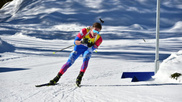 Denis Irodov remporte le sprint des mondiaux Juenes de biathlon à Obertilliach